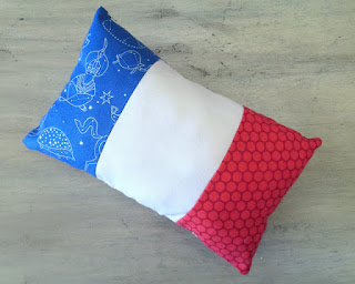 https://www.etsy.com/listing/274362816/petite-pillow-french-flag-lavender?ref=shop_home_active_5