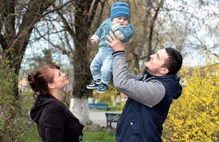 4 Hal Menakjubkan yang Dialami oleh Seorang Suami dan Ayah