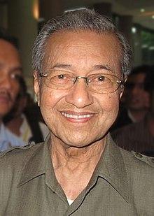 ini Alasan Mahathir Larang Najib Razak Tinggalkan Malaysia