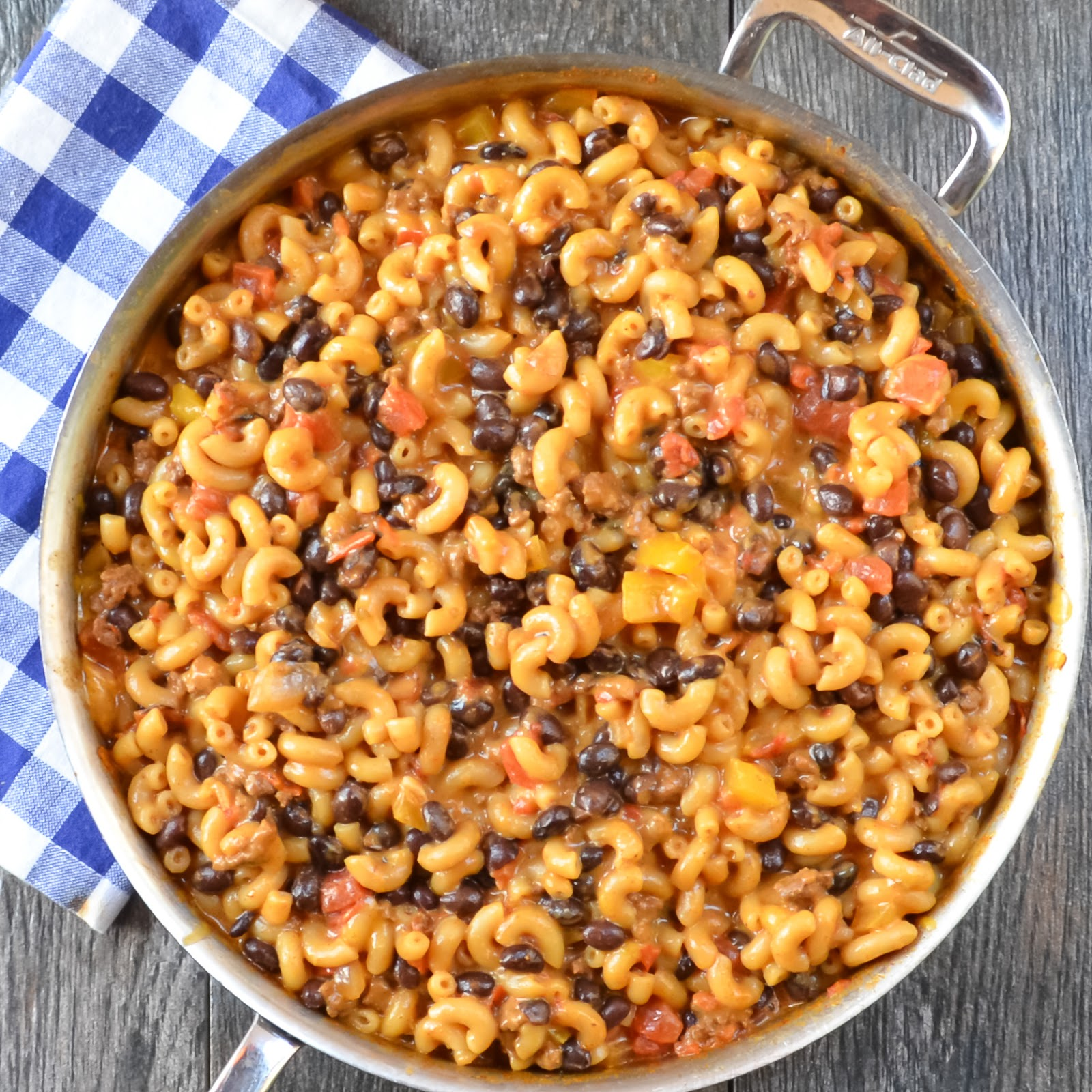 One Pot Chili Mac And Cheese Serena Bakes Simply From Scratch