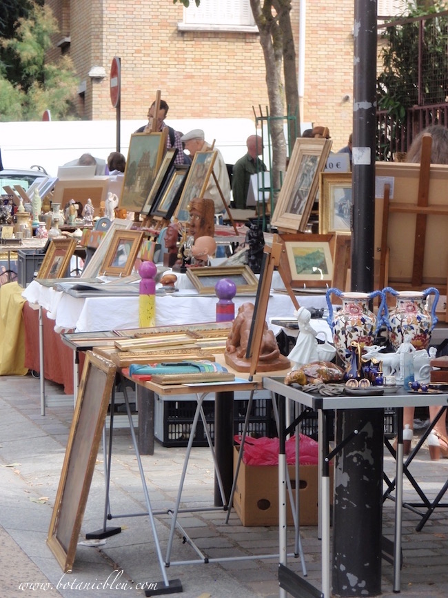 port-vanves-paris-open-air-flea-market