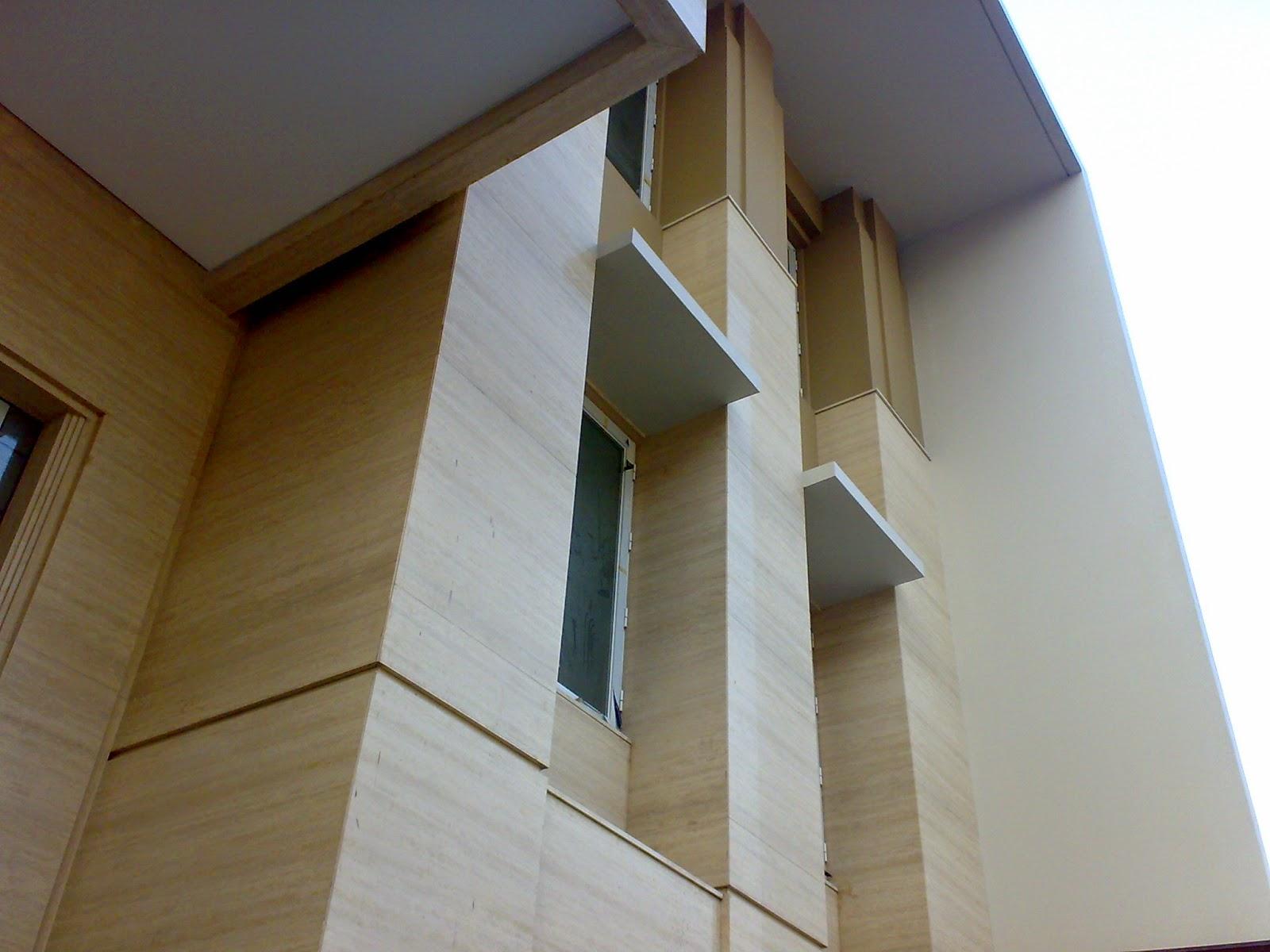 Marmer Trafertine Buat Dinding Depan Rumah Jelambar