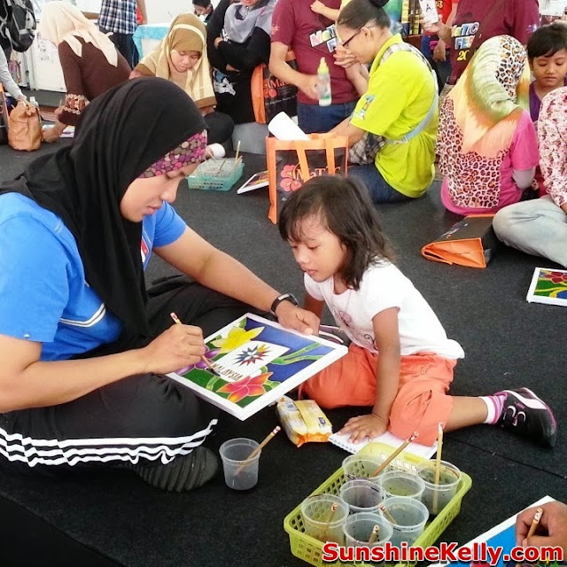 MaTiC Fest 2013, Locals and Tourists, Matic, malaysia tourism center, batik, batik colouring competition