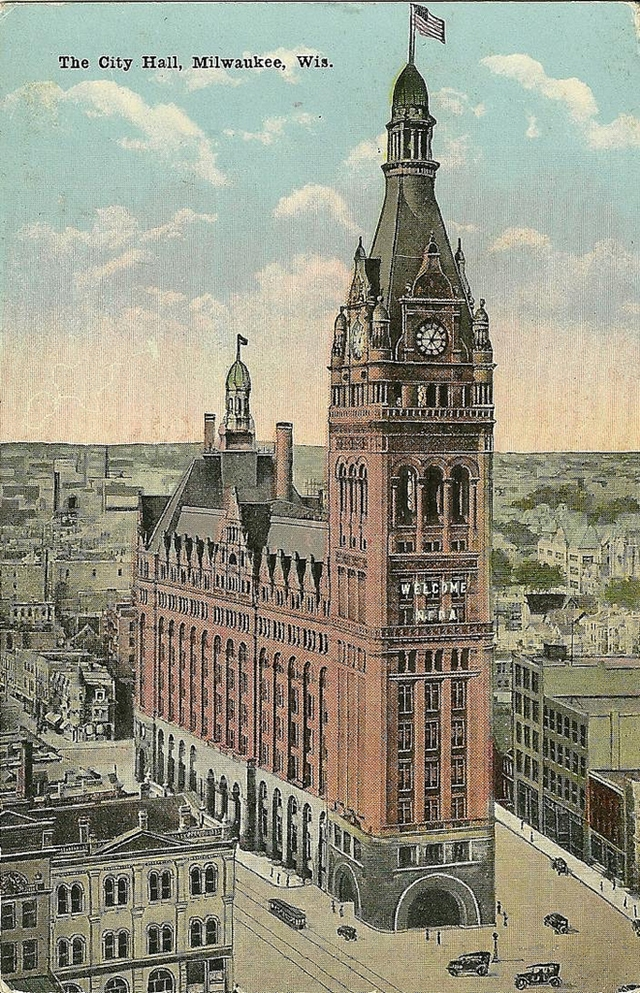 Old picture of the Milwaukee City Hall