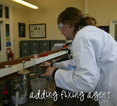 Paper making - adding the fixing agent