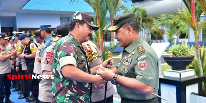Seusai Safari Ramdhan 1440/H, Panglima TNI dan Kapolri, Take Of ke Jakarta
