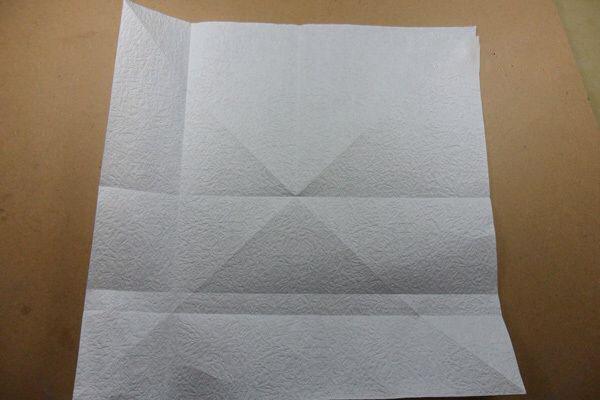Ангел из бумаги в технике оригами (10)