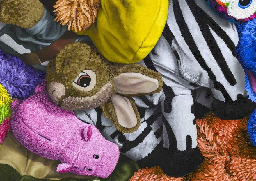 06-Famous-Animation-Characters-detail-Brent-Estabrook-Realistic-Paintings-of-Stuffed-Animals-www-designstack-co