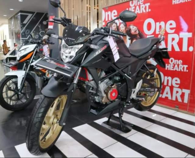 New_Honda_CB150_SF_hitam