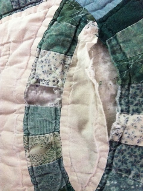 What A Gorgeous Color Scheme For A Wedding Ring Quilt I Love The