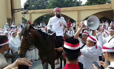 Cara unik Aa Gym Bakar Semangat Umat Islam Bandung