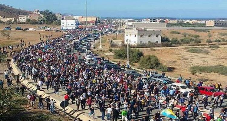 الغضب يجتاح المغرب .. ''طحن مواطن'' يفضح قمع الشرطة