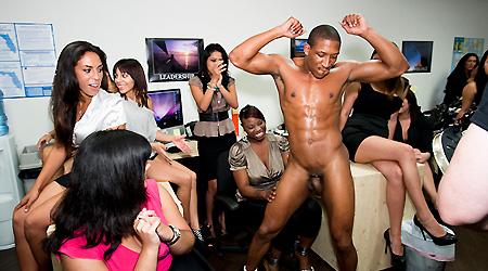 women sucking penis videos