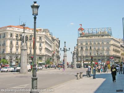 Puerta del sol km 0 nya kota madrid spanyol tempat for Kilometro 0 puerta del sol