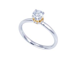 蘇ったエンゲージリング(婚約指輪)は母から譲り受けたダイヤモンドでリスタイルしました。