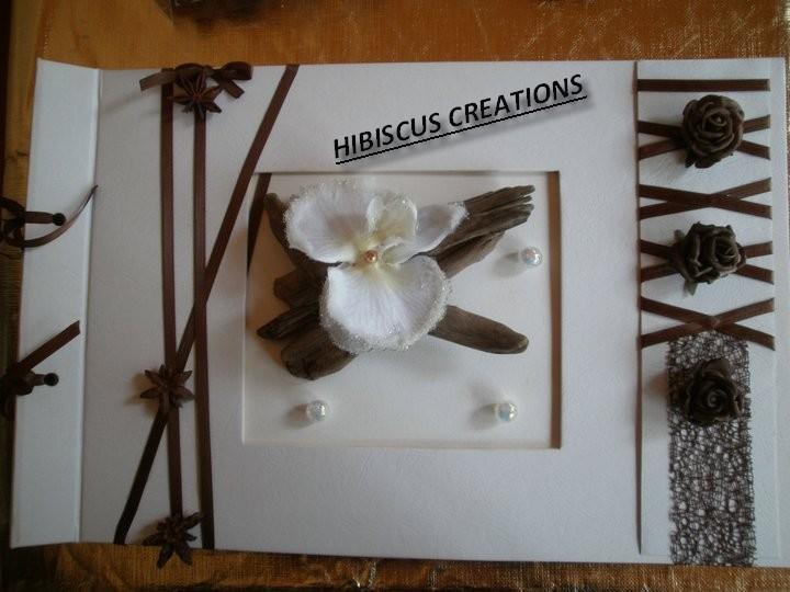 Livre d 39 or theme nature champ tre bois flott hibiscus for Mariage theme bois flotte