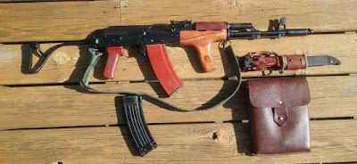 AIMS-74-Bayonet-Mag-Pouch