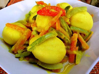 Resep Sederhana Telur Bumbu Acar Kuning
