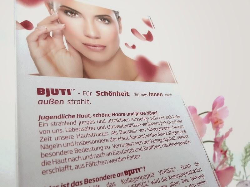BJUTI Produktkarte im Acrylglasaufsteller