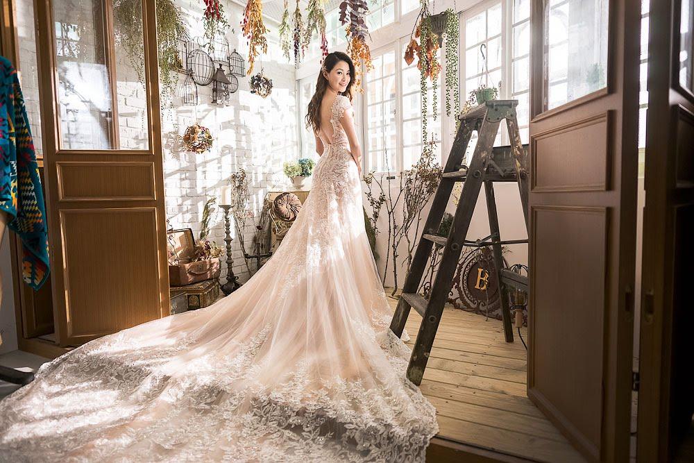 自助婚紗 | 婚紗 | 自主婚紗 | 台北婚紗 | R.T.W Project Studio 時裝計畫 實景攝影棚 | 集食行樂 |