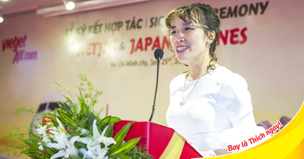 Tổng giám đốc Vietjet Bà Nguyễn Thị Phương Thảo tại buỗi lễ ký kết hợp tác