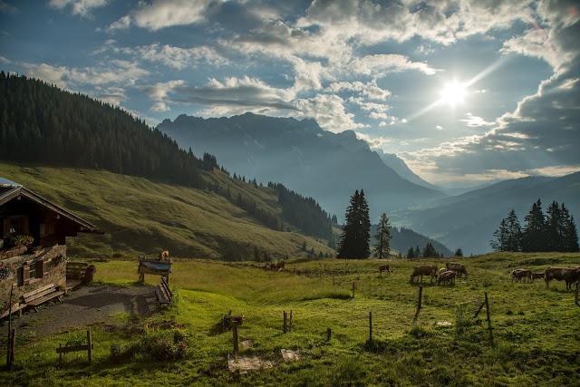 Almwanderung zur Hochkaseralm  Wandern Hochkönig  Wanderung SalzburgerLand 01