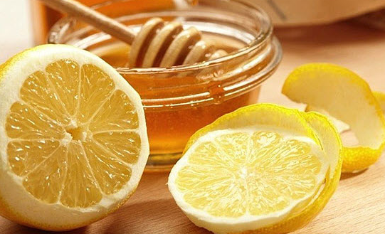 Honey and Lemon Juice With Oil for Dry Hands