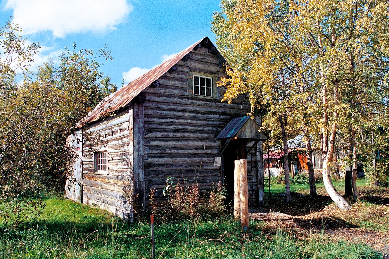 One of Talkeetna's historic cabins.