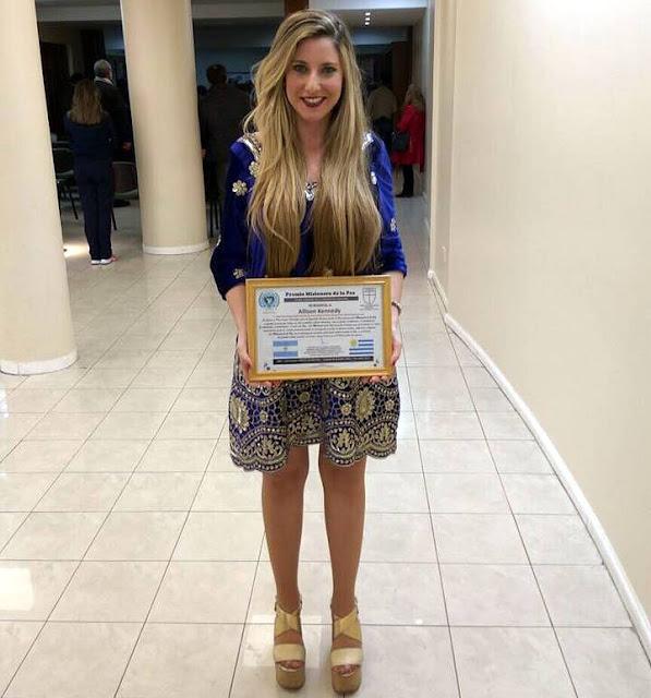 Allison Kennedy recibe el Premio Misionera de la Paz Mundial en Buenos Aires