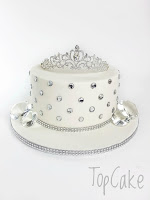 tiarakakku, tiarakakku, juhlakakku, syntymäpäiväkakku, prinsessakakku, topcake