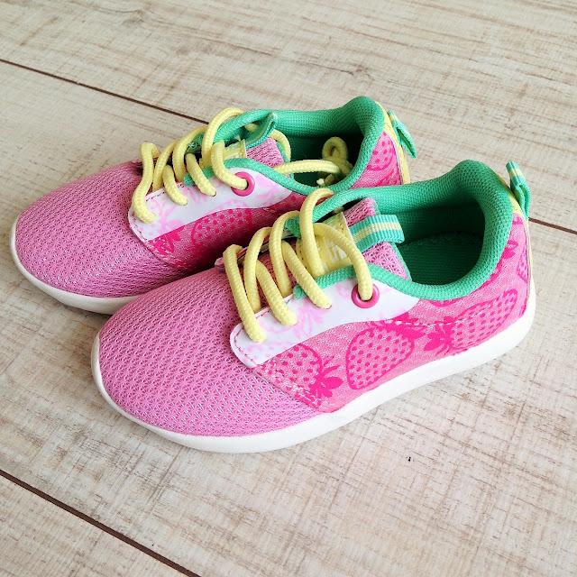 running enfant kiabi avec fraise