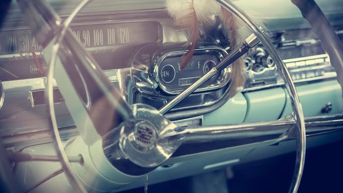 Wallpaper: Vintage Car Model. Inside Cadillac