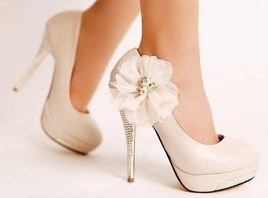 b1e041c07 O casamento é um evento memorável, deixe tudo perfeito para esse dia  importante, não esqueça dos sapatos eles são importantes e deixam o visual  com outra ...