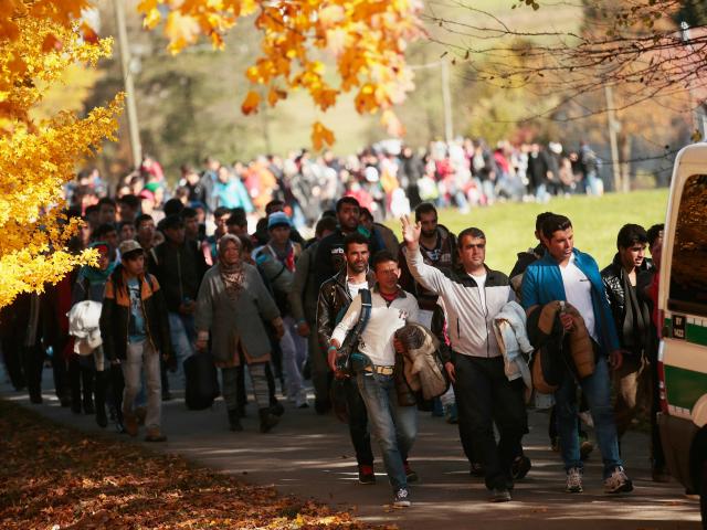 https://4.bp.blogspot.com/-ta4C0HEiuqg/Wufio2CK4eI/AAAAAAAAJlY/iljq3TRBS0cUtFjmYQASBcmbmkcCWVGLQCLcBGAs/s1600/immigrants-germany-640x480.png