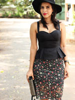http://www.stylishbynature.com/2016/01/bangalore-derby-at-turf-club.html