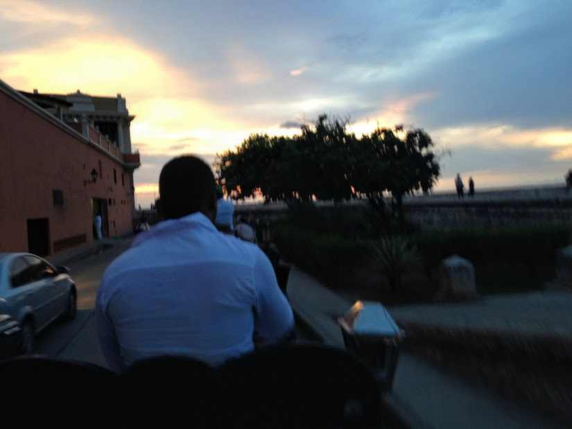 """Andar de """"Carruagem"""" Cartagena das Índias Colômbia"""