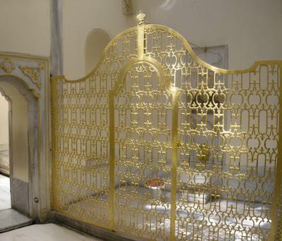 iron gate at sultan's washroom