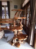 mueble tallado en madera