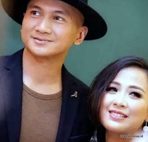 Lirik Hari Bahagia Astrid Feat Anji