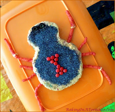 Black Widow Taco Cheese Ball: A spicy cheese ball appetizer in the shape of a Black Widow Spider, perfect for the Halloween season | Recipe developed by www.BakingInATornado.com | #recipe #appetizer #Halloween