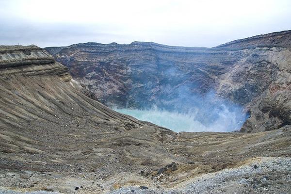 อุทยานแห่งชาติภูเขาไฟอาโสะคุจู (Aso-Kuju National Park) @ www.travelpanda.org