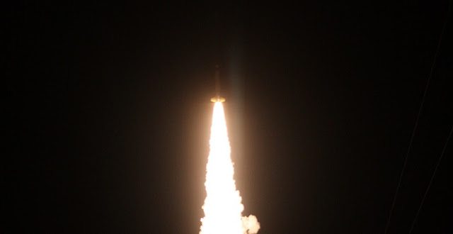 The Diffuse X-ray emission from the Local galaxy, or DXL, sounding rocket launched from White Sands Missile Range in New Mexico on Dec. 13, 2012, to study the source of certain X-rays observed near Earth. Credits: White Sands Missile Range, Visual Information Branch
