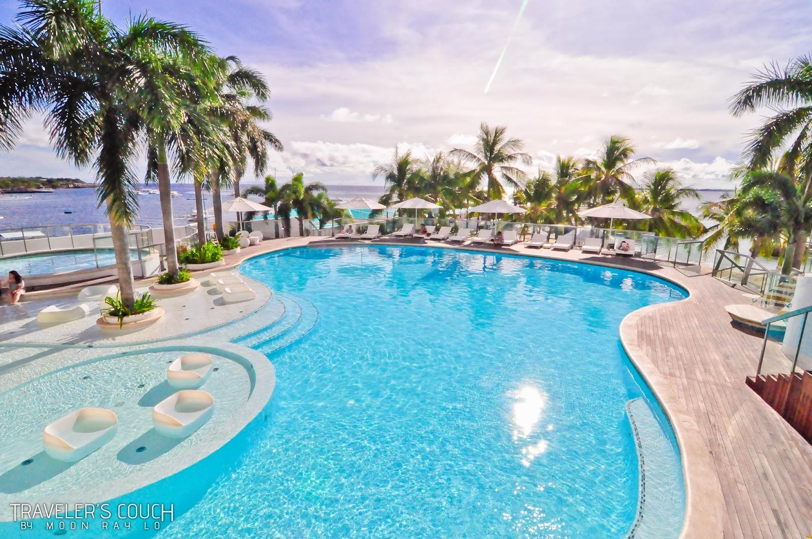 Moevenpick hotel mactan island cebu experience cebu 39 s - Diamond suites cebu swimming pool ...