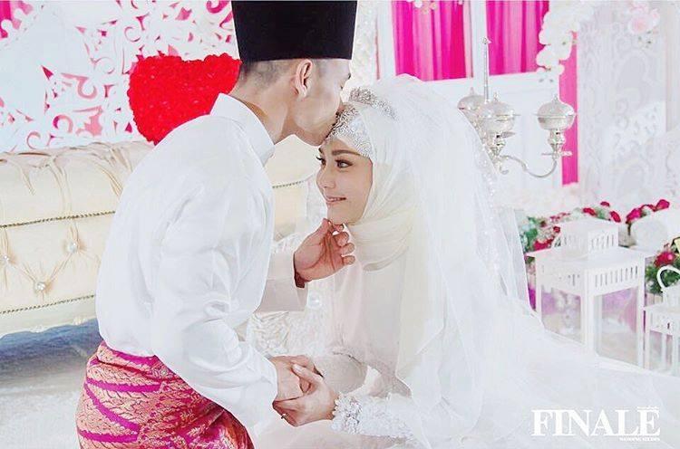Lelaki Malaysia Kahwin Artis Popular Thailand