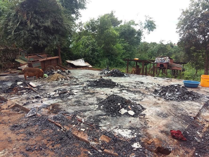 Gia Lai: Hoang tưởng châm lửa đốt nhà rồi tự thiêu