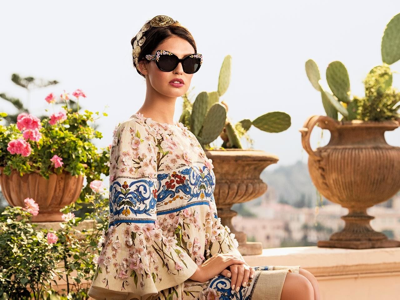 38d189a4f7 Mosaico, la edición limitada de gafas de sol de Dolce & Gabbana, combina  tradición y color y crea monturas embellecidas con el precioso cristal  cuajado de ...