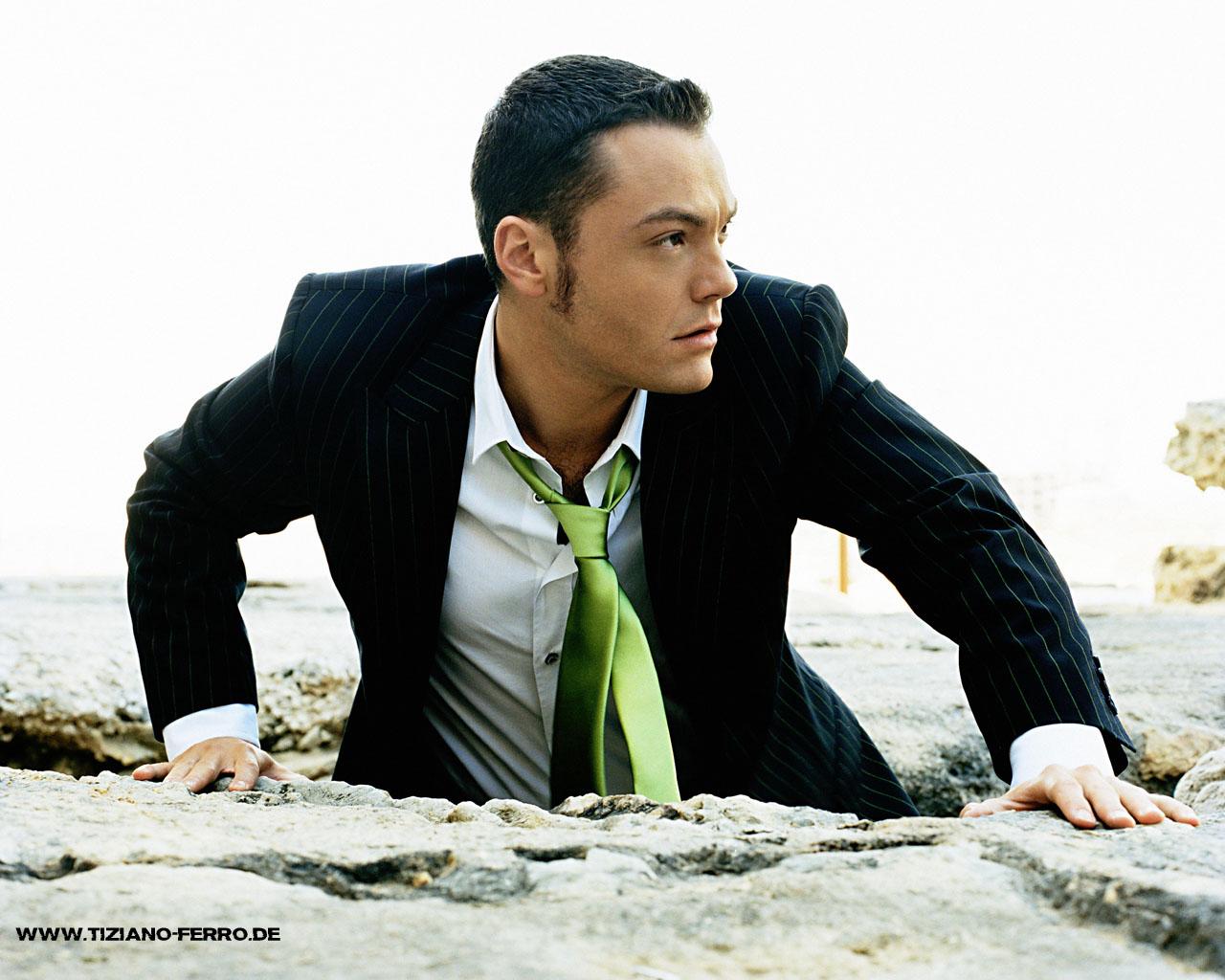 Traduzione canzone Karma feat. John Legend di Tiziano Ferro in italiano