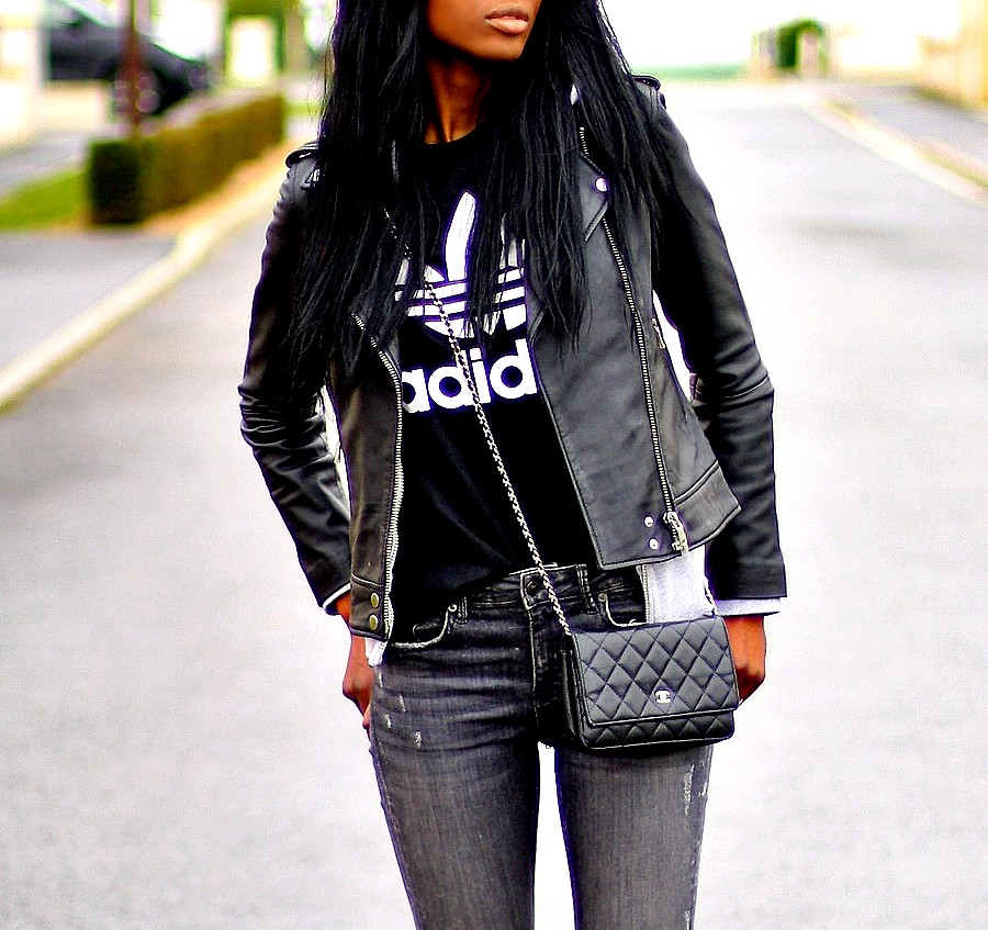 woc-chanel-veste-cuir-t-shirt-adidas-blog-mode
