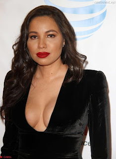 Jurnee+Smollett-Bell+%E2%80%93+The+48th+NAACP+Image+Awards+in+LA02.jpg