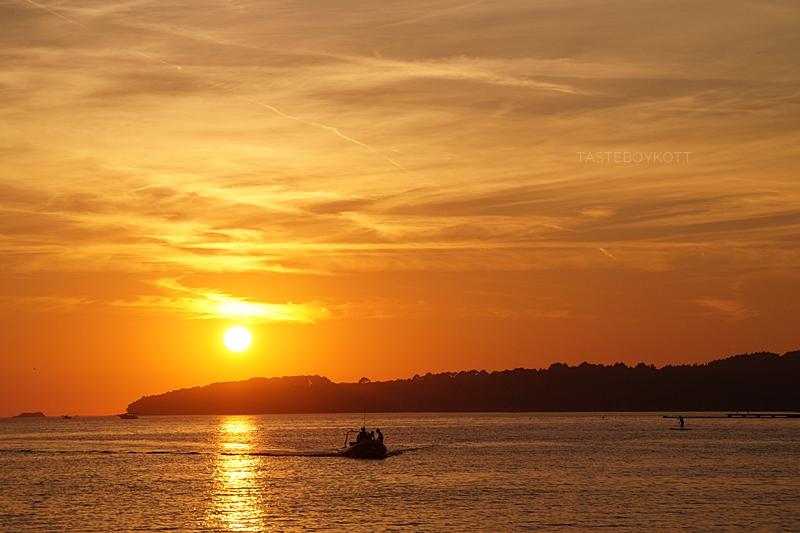 Sonnenuntergang in Kroatien am Meer | Sommer, Sonne, Urlaub | Tasteboykott